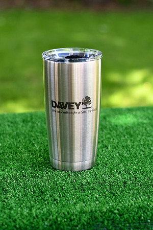 20 oz. Stainless Steel Yeti Tumbler